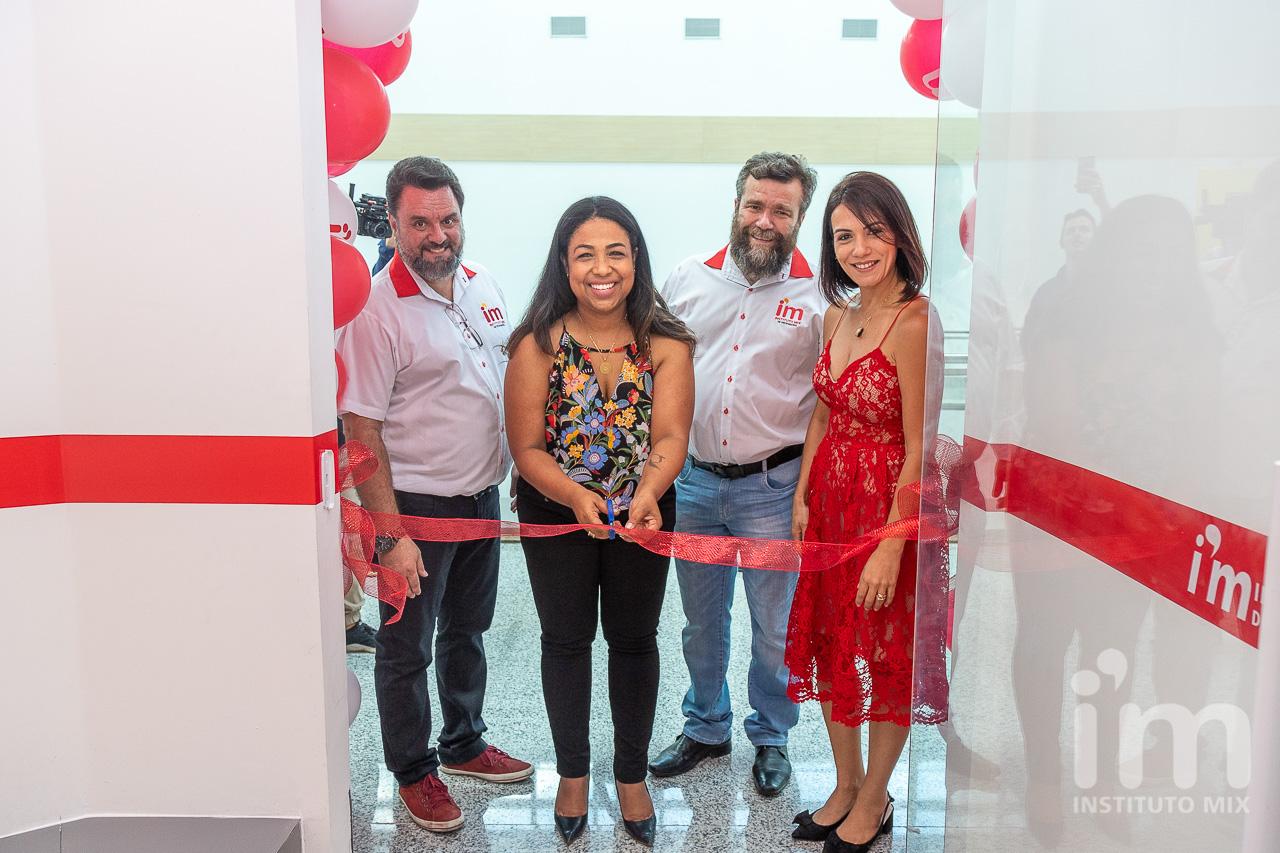Instituto Mix inova mais uma vez com a primeira unidade em um shopping center