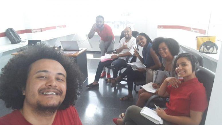 Instituto Mix faz suas primeiras matrículas em Angola