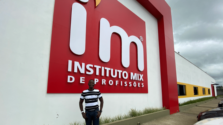 Investidor de Guiné-Bissau visita franqueadora IM